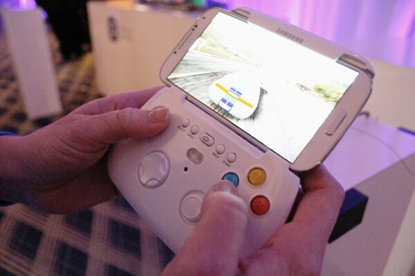 Samsung Working on a Gamepad