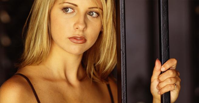 10 sexiest women in geek tv