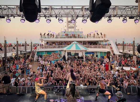 Geek Insider, GeekInsider, GeekInsider.com,, This Was No Ordinary Cruise: Kesha's Weird and Wonderful Rainbow Ride, Entertainment, Events, Featured