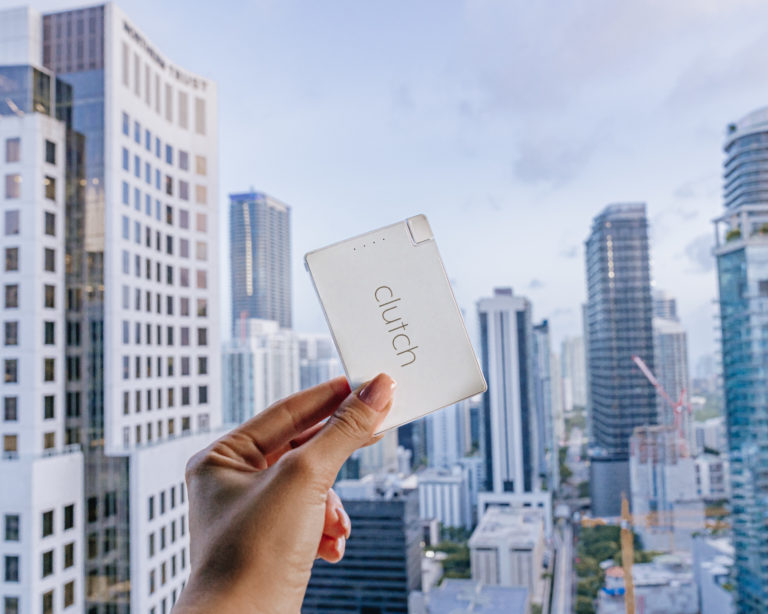 Geek insider, geekinsider, geekinsider. Com,, clutch portable phone charger now better than ever, tech news