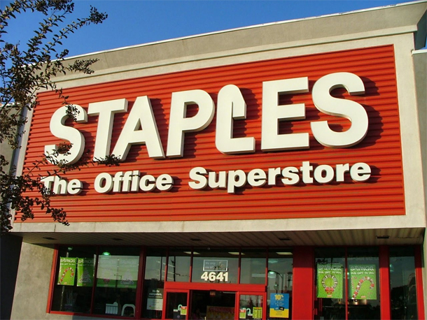 Apple products to be sold at staples soon?