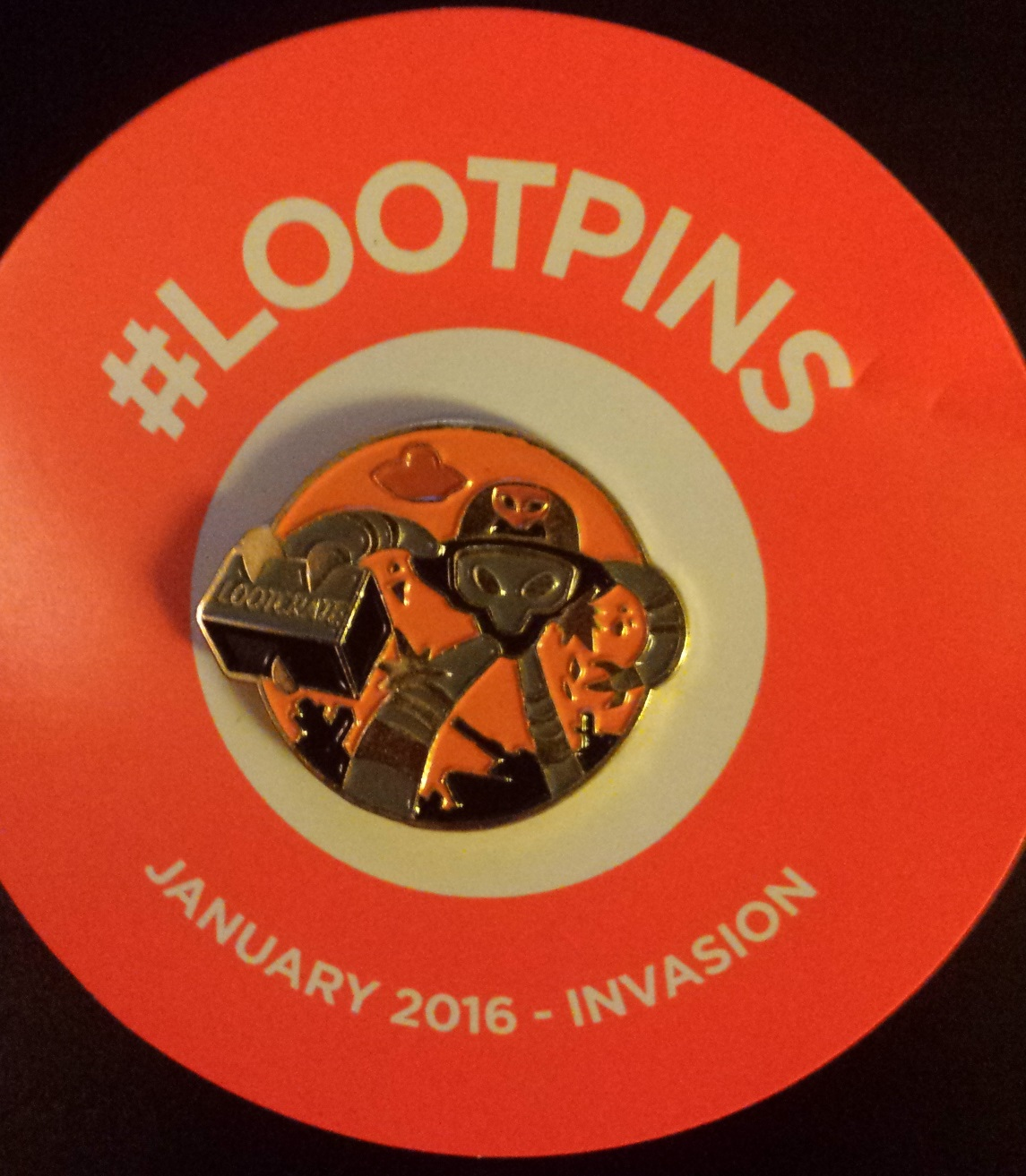 Loot crate january 2016, loot crate unboxing, the fifth element, x files, invasion