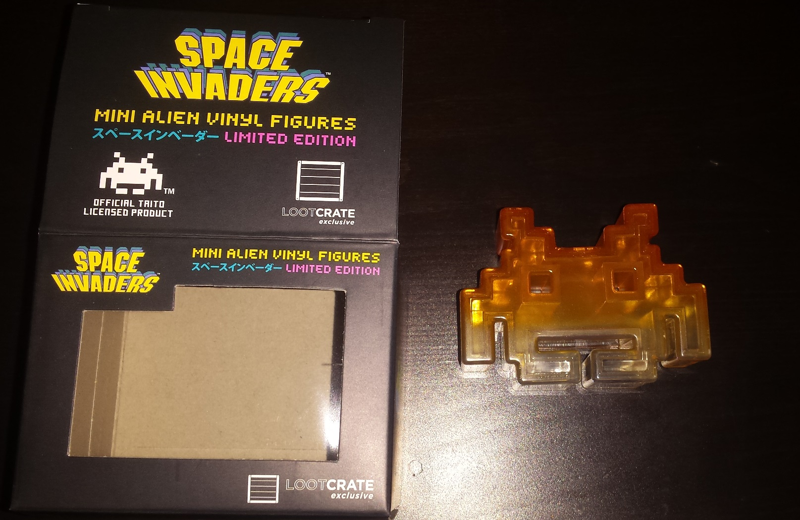Space invaders, loot crate january 2016, loot crate unboxing, the fifth element, x files, invasion