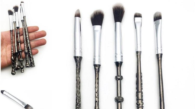 Harry Potter makeup wand brush