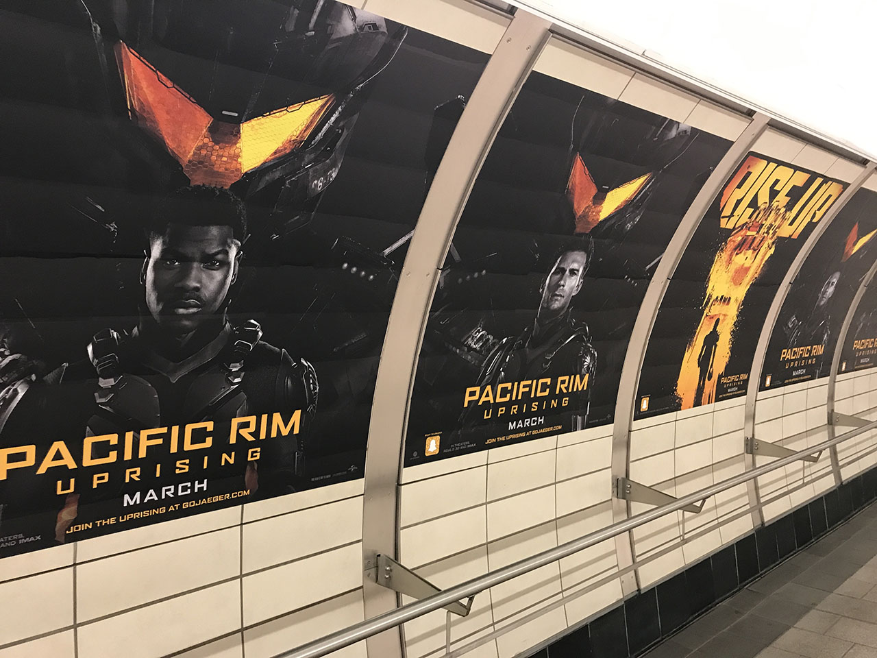 'Pacific Rim Uprising' in the NYC Subway