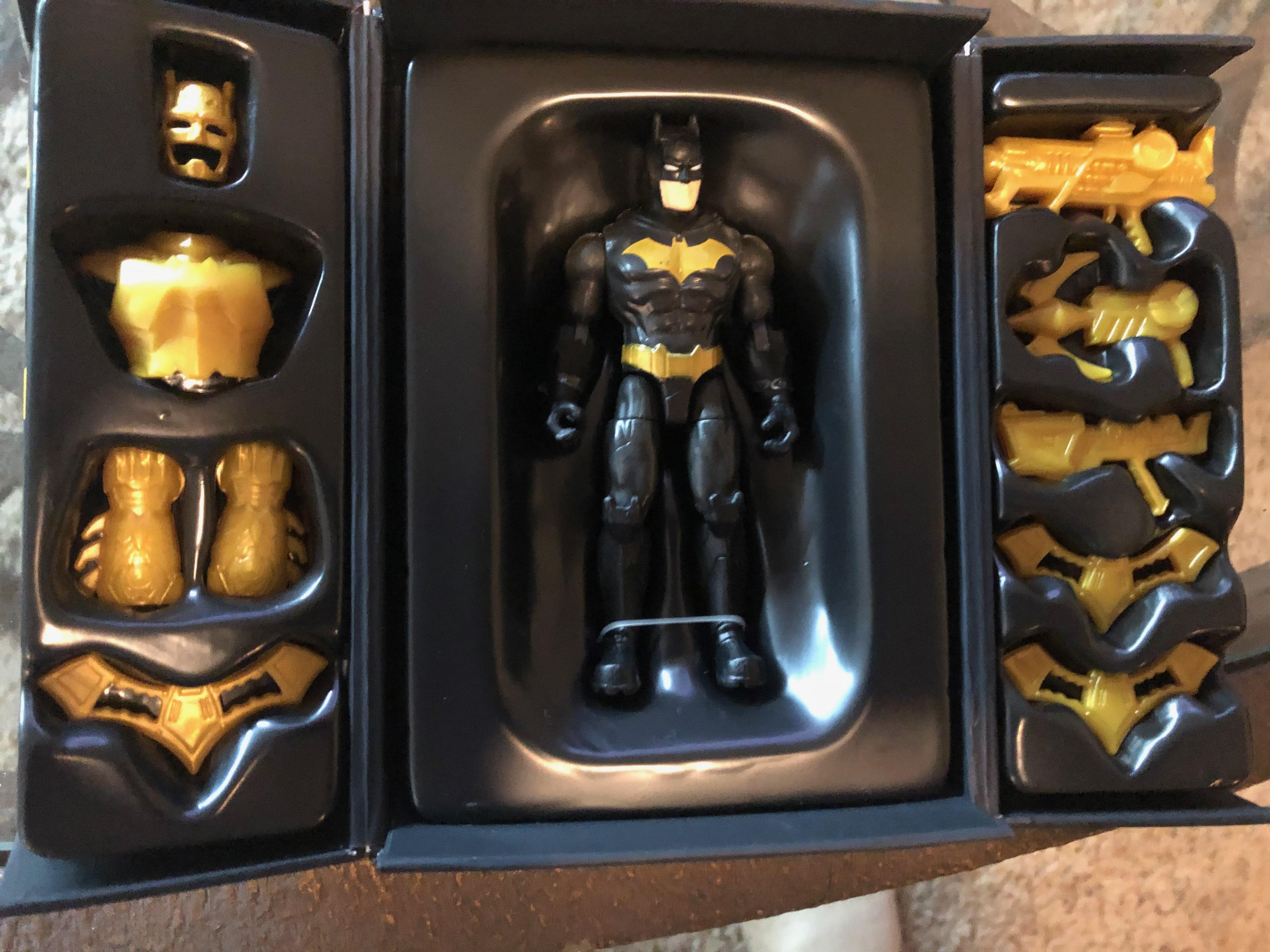 Geek insider, geekinsider, geekinsider. Com,, review: spin master's batman collectables, reviews