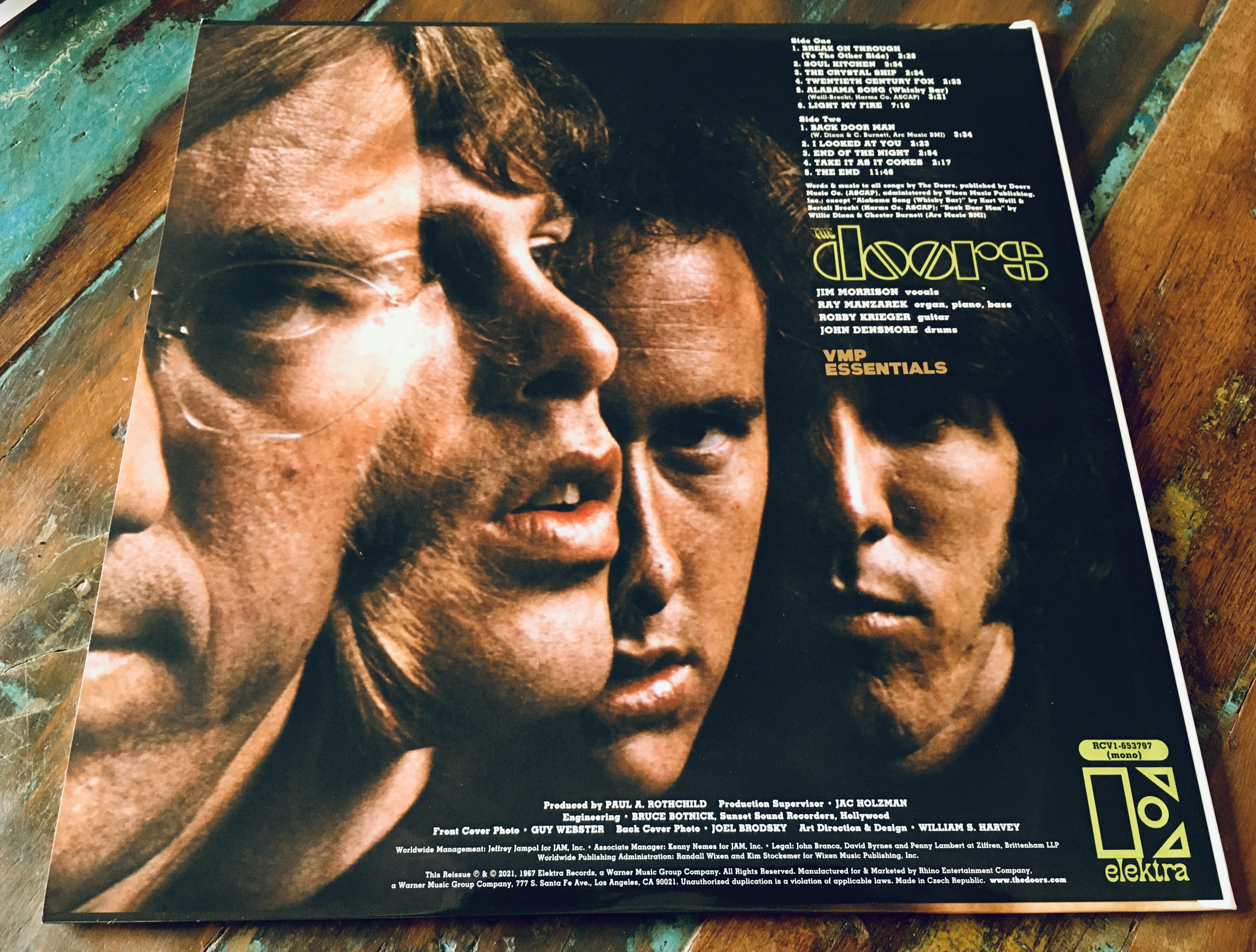 Geek insider, geekinsider, geekinsider. Com,, vmp june 2021 unboxing - the doors 'the doors', culture, featured, geek life, music, reviews